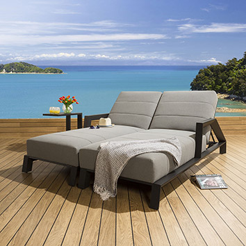 Sunbeds and Daybeds