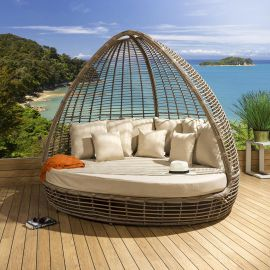 Luxury Oval Garden Daybed Brown Bamboo Rattan Beige Cushions Canopy