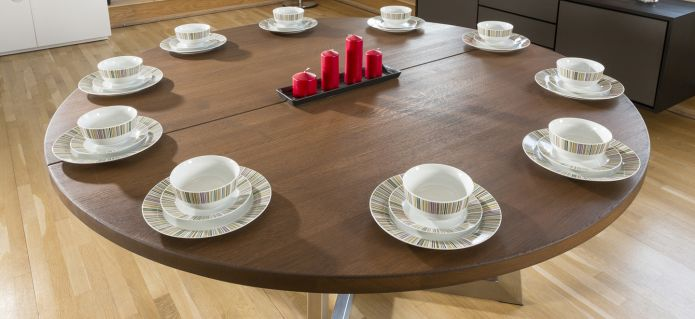 JUPITER Solid oak round / oval extending dining table