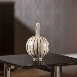 Luxurious Hand Crafted Round White Gold Ceramic Ornament Vase Present